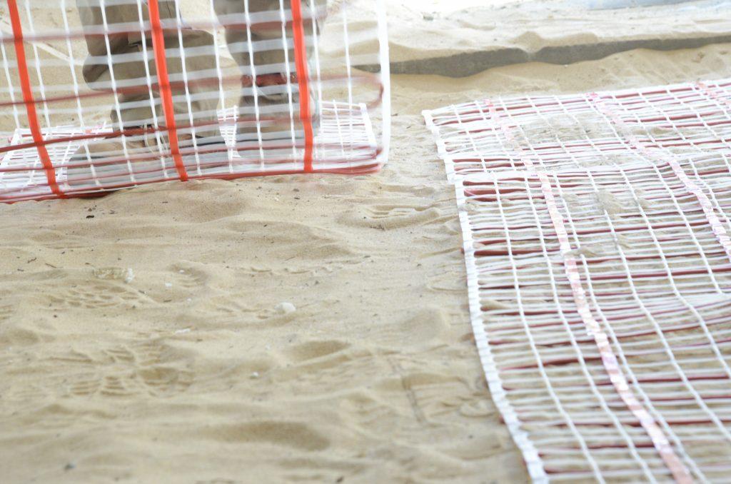 פריסת רשתות חימום במערכת חימום תת רצפתי של מעלות